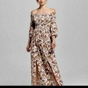 Adorable off shoulder maxi dress